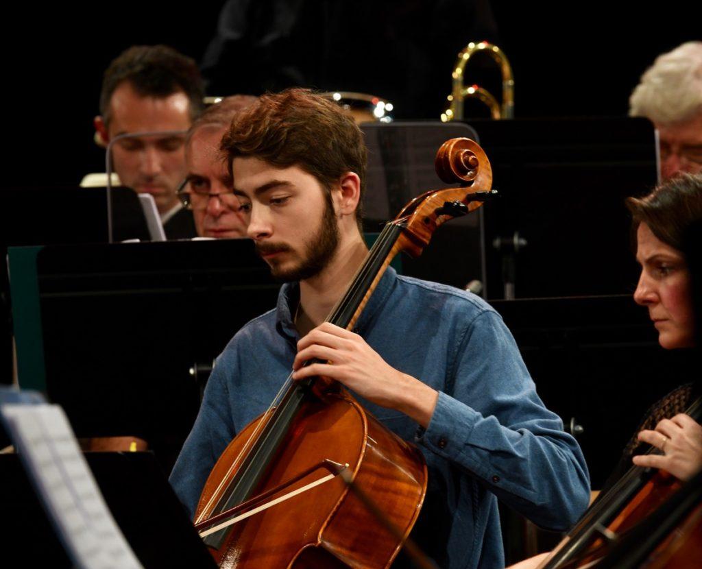 Img: Grégoire Blanc au violoncelle